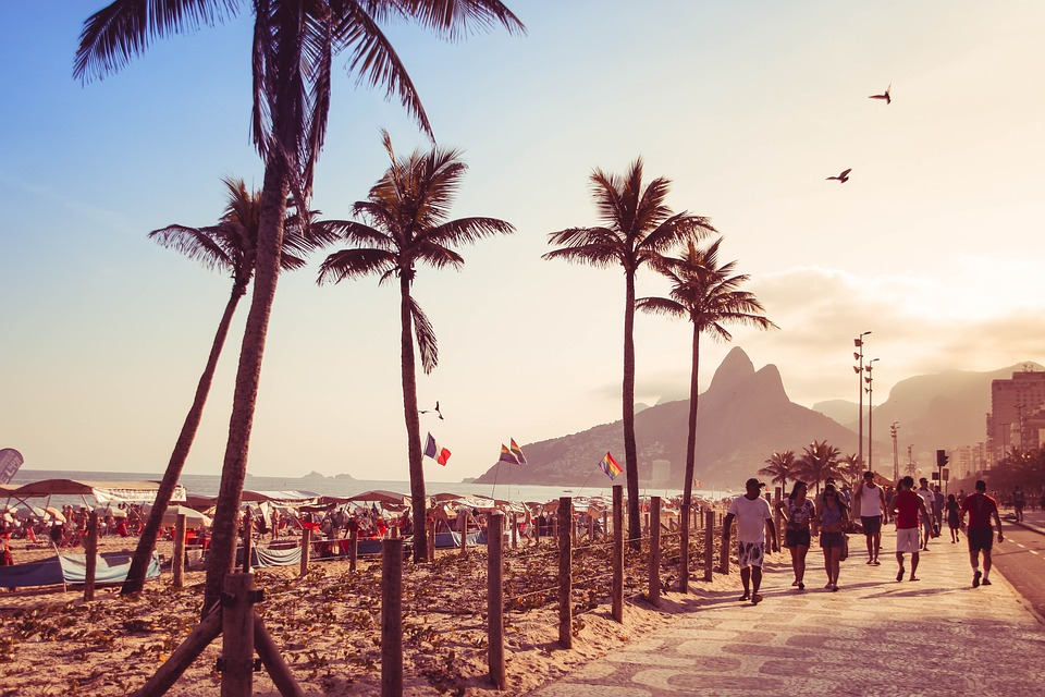 Walking on the beach, Rio