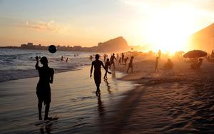 Thumbnail for Experience the Most Enjoyable Summer Activities on Rio Beaches